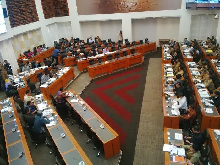 Rapat Banggar DPR dengan 3 Menko