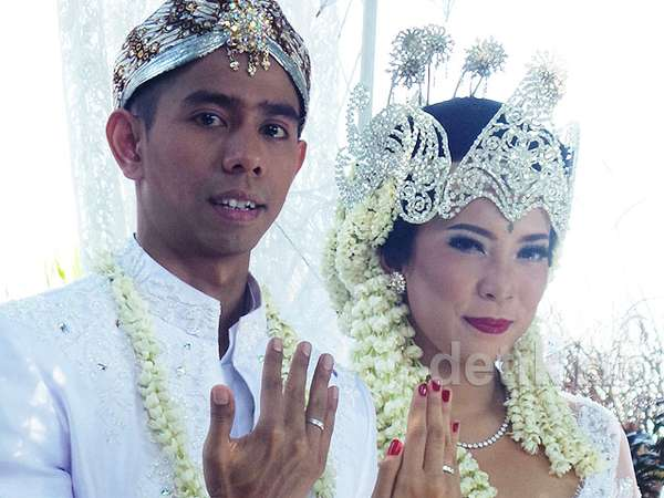 #NikahanTogeFitrop2014! Foto-foto Pernikahan Fitri Tropica