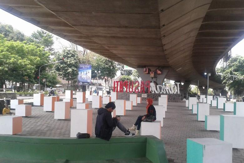 Suasana Taman Jomblo di Bandung (Avi/d'Traveler)