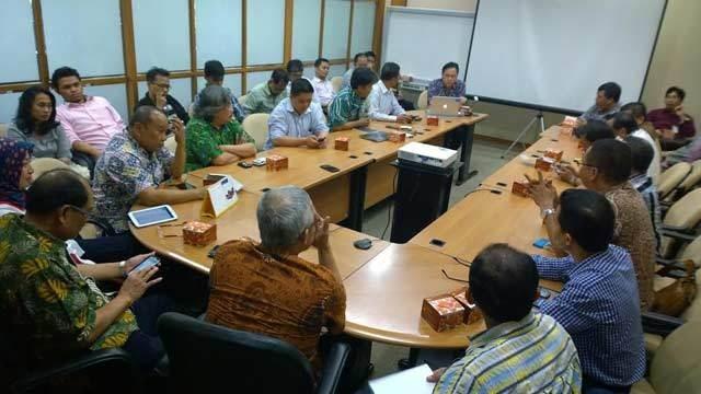 Pertemuan para ISP di kantor Indosat (rou/detikINET)