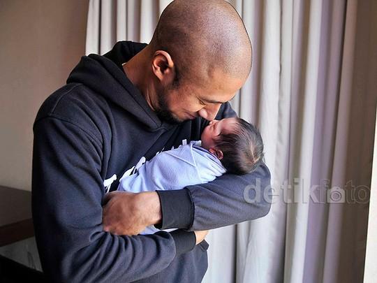 Ini Seth, Bayi Laki-laki Marcell Siahaan dan Rima Melati