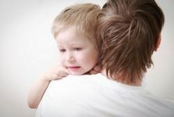 Hindari Shaken Baby Syndrome, Begini Lho Cara Tenangkan Anak