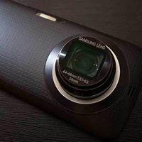 Galaxy K Zoom: Pisau Swiss di Dunia Gadget