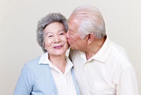 menopause bukan halangan bagi istri untuk bisa tetap puas di ranjang