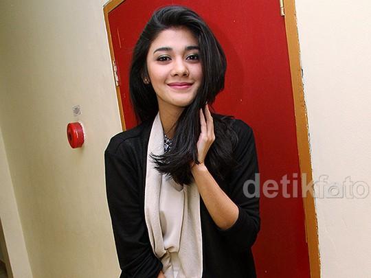 Cantiknya Naysila Mirdad