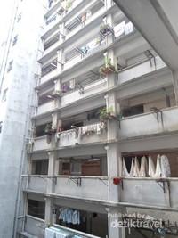Jemuran di apartemen