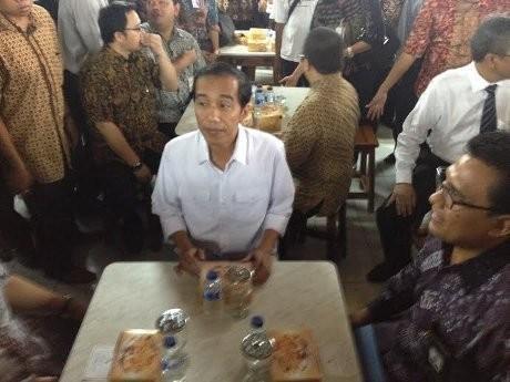 4 Momen Jokowi Gunakan Siasat Politik Meja Makan