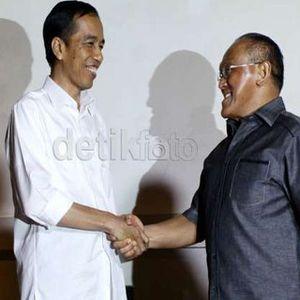 Ekonom UI Perkirakan Golkar Merapat ke Jokowi, Investor Tak Perlu Cemas