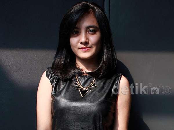 Ini Vira Razak, Vokalis Baru Killing Me Inside yang Cantik