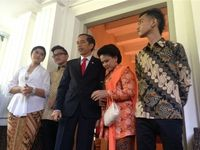 Potret Keluarga Sederhana Jokowi dari Diary Anak Kampung