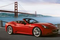 Hotel di Los Angeles Ini Pinjamkan Ferrari Sampai Lamborghini, Gratis!