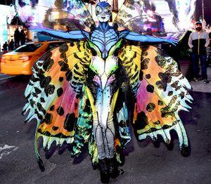 Heidi Klum Bertransformasi Jadi Kupu-kupu di Perayaan Halloween
