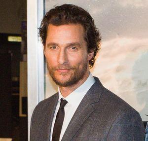 Tak Mau Cepat Tua, Matthew McConaughey Pakai Serum Kulit Tiap Malam