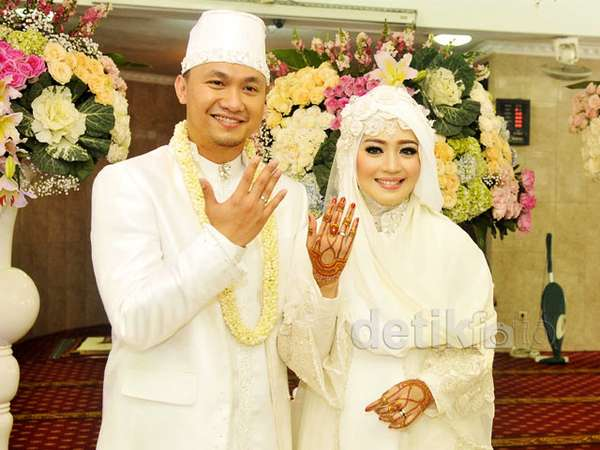 Foto-foto Pernikahan Nuri Maulida dan Politikus Pandu Kesuma