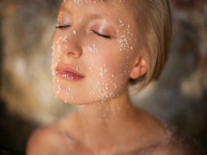 Hasil gambar untuk garam bukit untuk kulit
