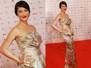 Foto: 6 Aktris Indonesia Tampil dalam Gaun Bernuansa Emas di FFI 2014