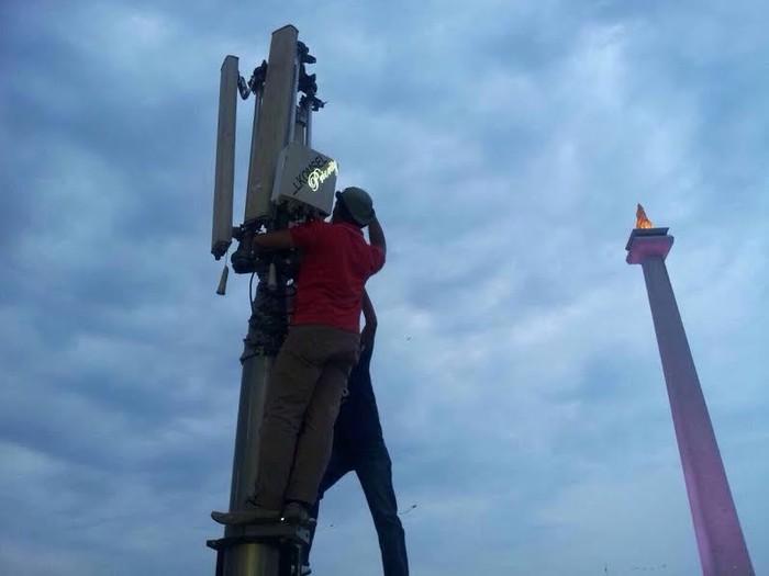 Menara pemancar jaringan (dok. Telkomsel)