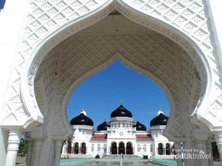 Seharian Keliling Banda Aceh, Seru Banget!