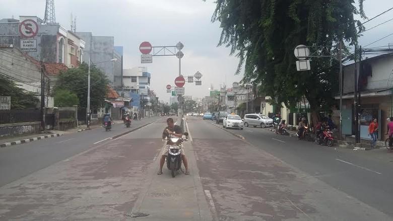 Tawuran Pemuda Kembali Pecah di Jl Tambak Manggarai, 200 Polisi Berjaga