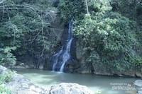 Air terjun kecil di sekitar Kahyangan