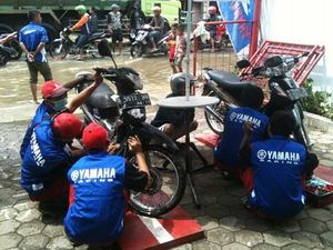 Yamaha Servis Motor Korban Banjir Semua Merek