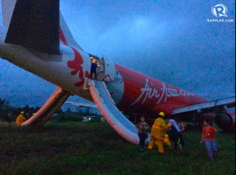 Pesawat AirAsia di Filipina Tergelincir Hingga Keluar Landasan