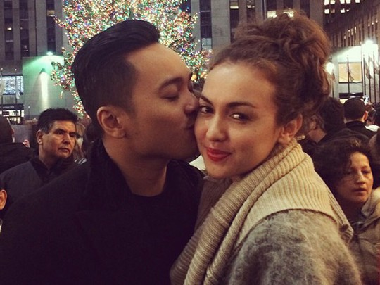Love is in the Air... Rianti Cartwright dan Suami Mesra di New York
