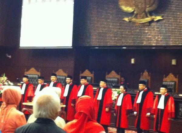 Arief Hidayat Disumpah, Resmi Jadi Ketua MK