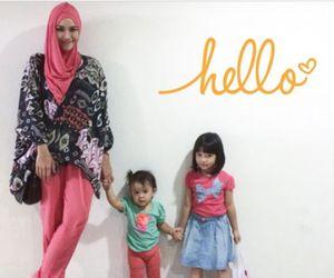 Cerita Zaskia Adya Mecca Tentang Putrinya yang Sudah Bisa Bergaya Sendiri