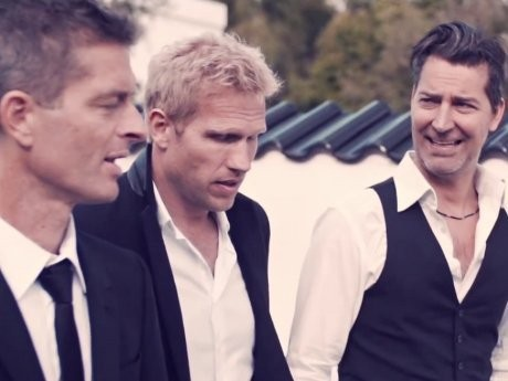 MLTR Bicara Cinta di Video Klip Call On Love