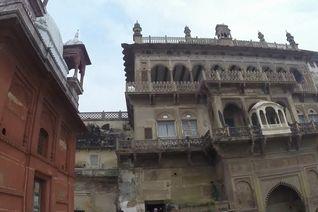 2 Hari Nan Eksotis di Kota Suci Varanasi, India
