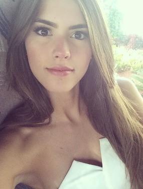 Mengenal Si Cantik Paulina Vega, Miss Universe ke-63 Asal Kolombia