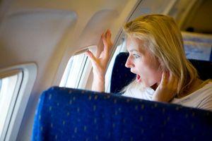 Fobia Terbang Karena Banyak Kecelakaan, Wajar Tidak?