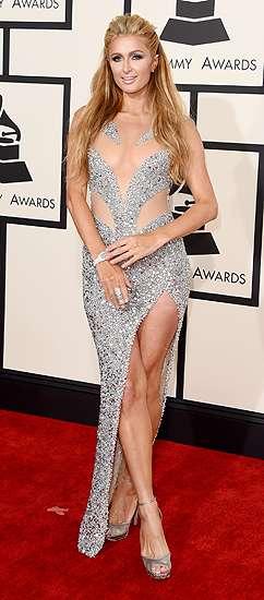 Paris Hilton Seksi Pamer Paha di Grammy 2015