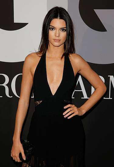 Seksinya Kendall Jenner di After Party Grammy 2015