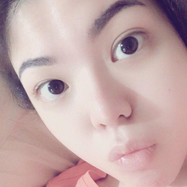 Ia kerap memamerkan wajah polosnya di akun Instagram. (Instagram/Tina Toon)