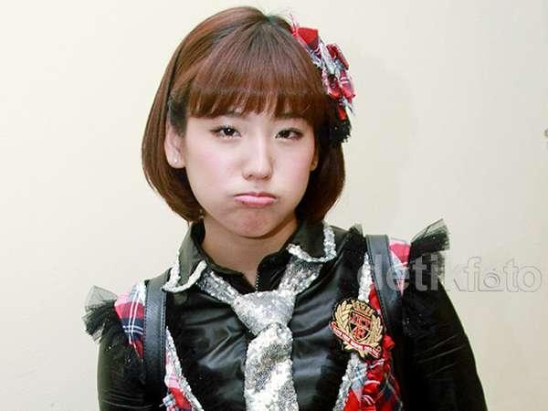 Duh, Haruka 'JKT48' Kok Cemberut?