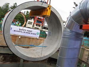 Proyek Sodetan Ciliwung Digarap 24 Jam Non Stop