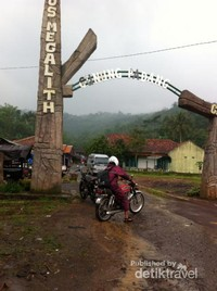 Pintu masuk Gunung Padang