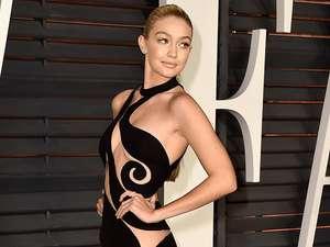 Tumben! Miley Cyrus Tampil Tertutup di Pesta Oscar