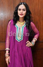 Masayu Anastasia Bergaya ala Bollywood, Cantik?