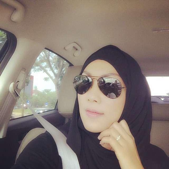 Mantan Istri Deddy Corbuzier Tampil Berhijab