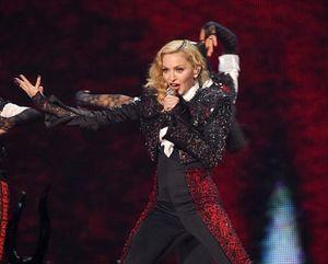 Jika Pensiun Menyanyi, Madonna Ingin Jadi Komedian