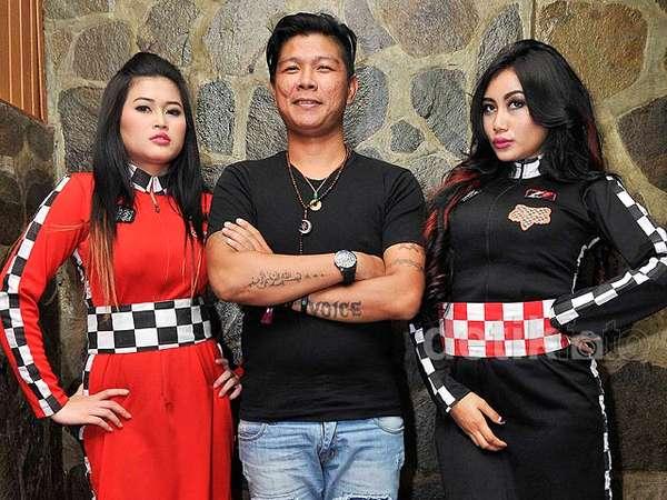 Andhika eks Kangen Band Diapit Duo Serigala