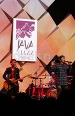 Penampilan Perdana Sheila On 7 di Java Jazz 2015