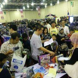 Hiruk Pikuk Toys & Comics Fair 2015