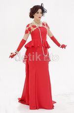 So Glamour... Fairuz A Rafiq Bergaya ala Broadway