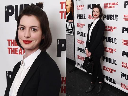 Gaya Formal Anne Hathaway