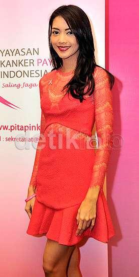 Pretty in Pink, Ririn Dwi Ariyanti