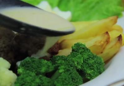 5 Destinasi di Indonesia dengan Kuliner Sehat